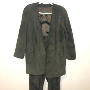Danier Womens  high rise leather pantsuit olive XS